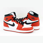 Air Jordan 1 Retro High. 163
