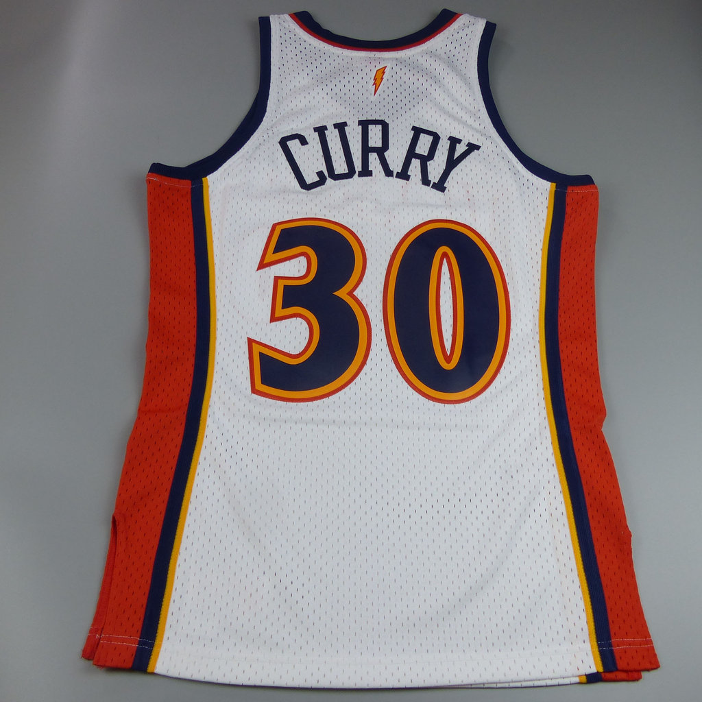 new products 0f70c 4256a Camiseta Stephen Curry. Golden State Warriors. Hardwood Classics.Blanca