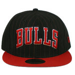 "Gorra NBA New Era ""Chicago Bulls"" negra y roja"