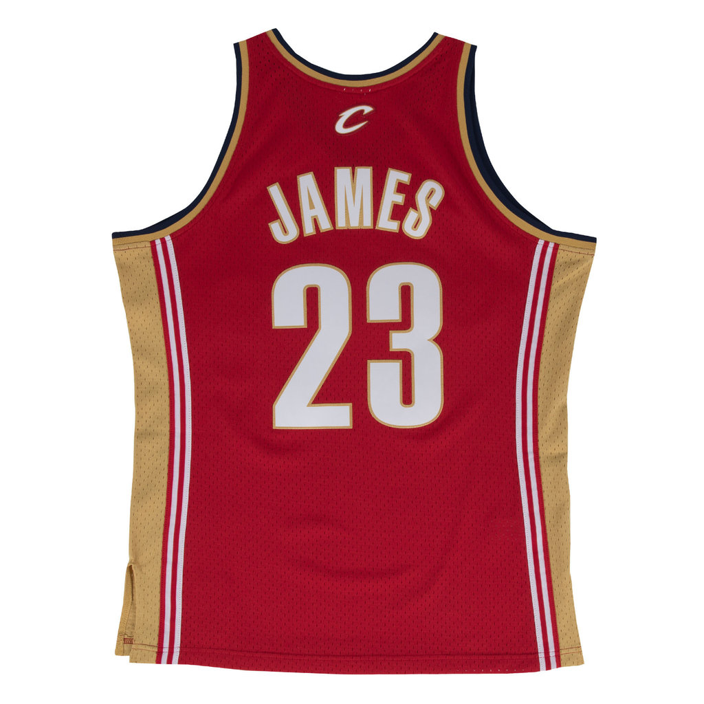 e48afd87cc Camiseta Lebron James. Cleveland Cavaliers. Swingman. Hardwood Classics