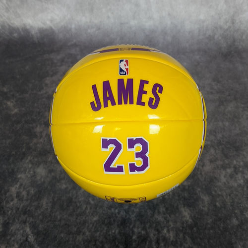 Mini balón Lebron James. Ángeles Lakers. NBA. Talla 1.5. Spalding