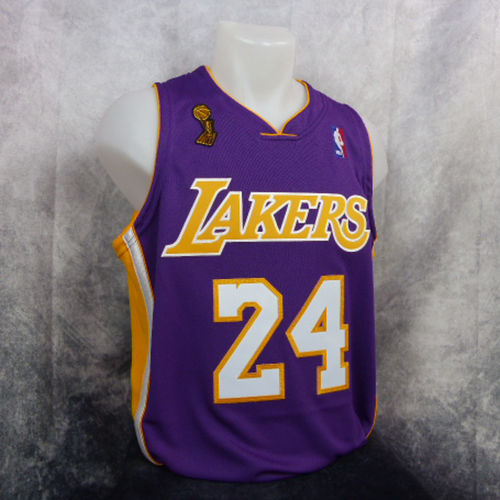 Kobe Bryant. Los Angeles Lakers. Authentic. Morada. Harwood Classics