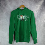 Sudadera con capucha. Boston Celtics NBA. Overlap. New Era. Verde