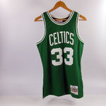 Camiseta Larry Bird. Boston Celtics Verde. Hardwood Classics. Línea Fandation